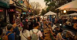 Trải nghiệm 5 chợ phiên đặc sắc ở Chiang Mai,...